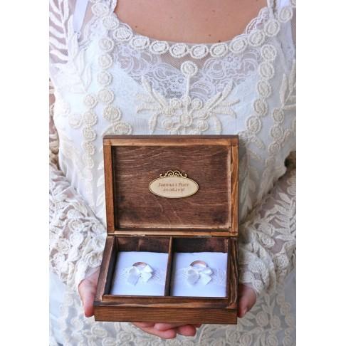 Pudełko na obrączki ślubne z różyczkami - PERSONALIZACJA